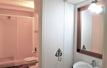 20 Veliero - first level bathroom