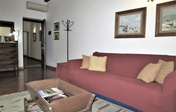 9b Veliero - first level living area