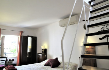 18 Fate - bedroom &stairs to the terrace